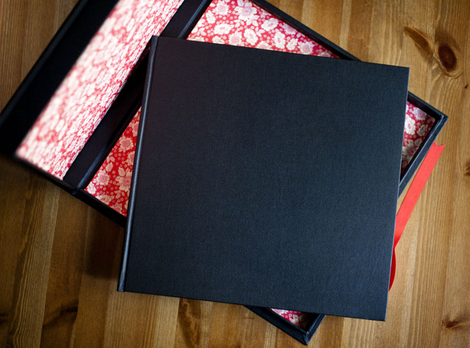 Fine Art Wedding book coated in pure black linen